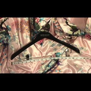 DAVID AUGUST LIFESTYLE OUTFITTERS SUIT HANGER